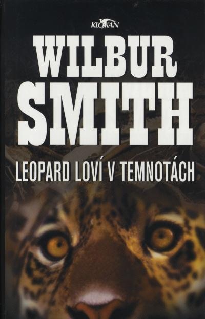 Leopard loví v temnotách